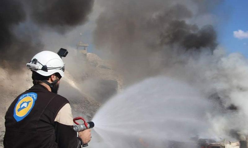 استهداف النطقة الطبية في بلدة حاس جنوبي إدلب من الطيران الروسي 8 أيلول 2018 (الدفاع المدني السوري)