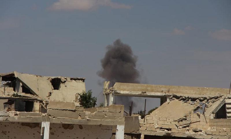 غارات جوية من قبل الطيران الروسي والسوري على ريف حماة الشمالي 8 أيلول 2018 (الدفاع المدني السوري)