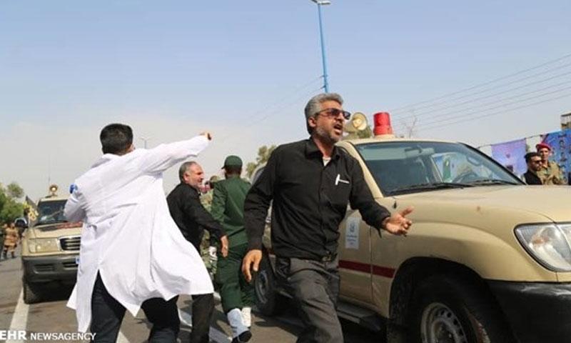 اطلاق نار على عرض عسكري في الاهواز جنوبي ايران 22 أيلول 2018 (وكالة فارس)