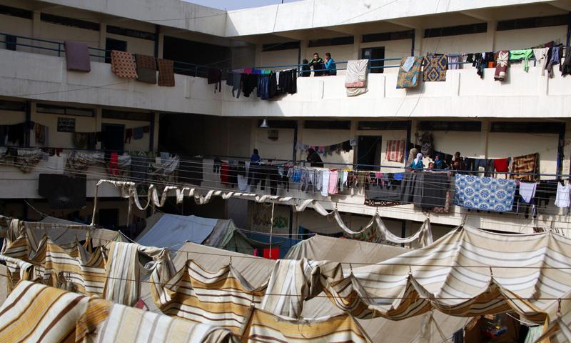 مراكز إيواء في عدرا شرق الغوطة (مواقع التواصل الاجتماعي)