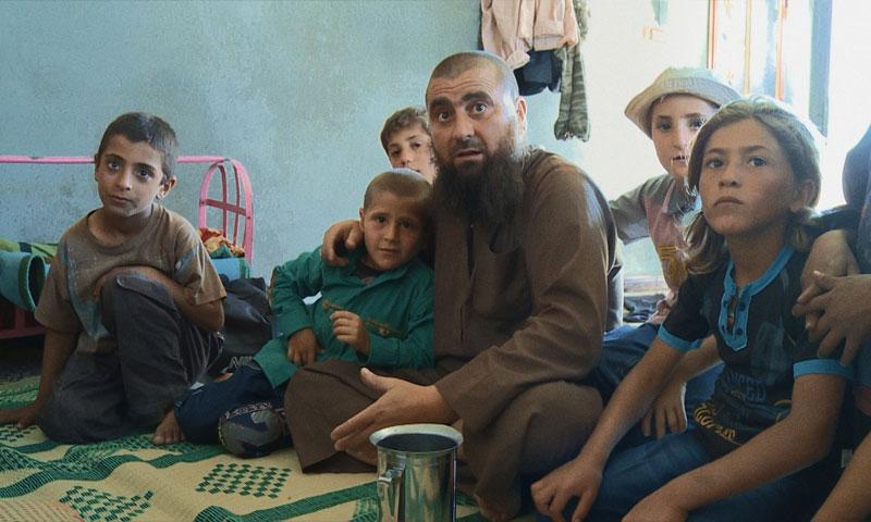 """الفيلم الوثائقي السوري """"عن الآباء والأبناء"""" (يوتيوب)"""