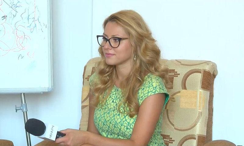 الصحفية الاستقصائية البلغارية فكتوريا مارينوفا (تويتر)