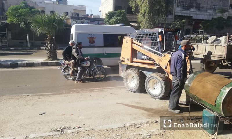 حملة لإزالة البسطات من شارع راجو في عفرين - 31 من تشرين الأول 2018 (عنب بلدي)