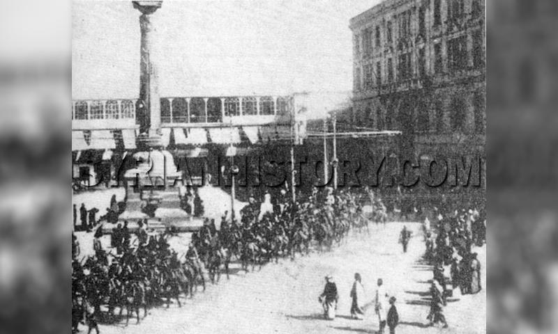 دخول قوات الحلف البريطاني وقوات الثورة السورية الكبرى إلى ساحة المرجة بدمشق (History of syria)
