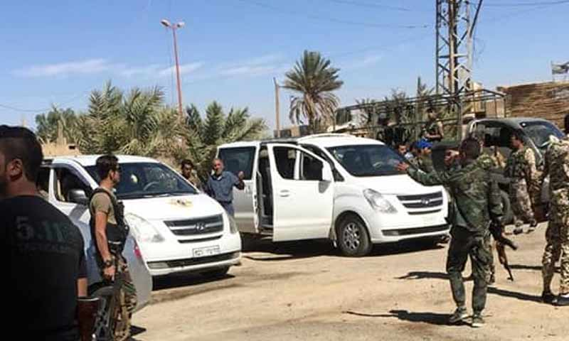 صور تظهر إرسال قوات الأسد تعزيزات عسكرية إلى شرقي دير الزور 4 تشرين الأول 2018 (دير الزور 24 )
