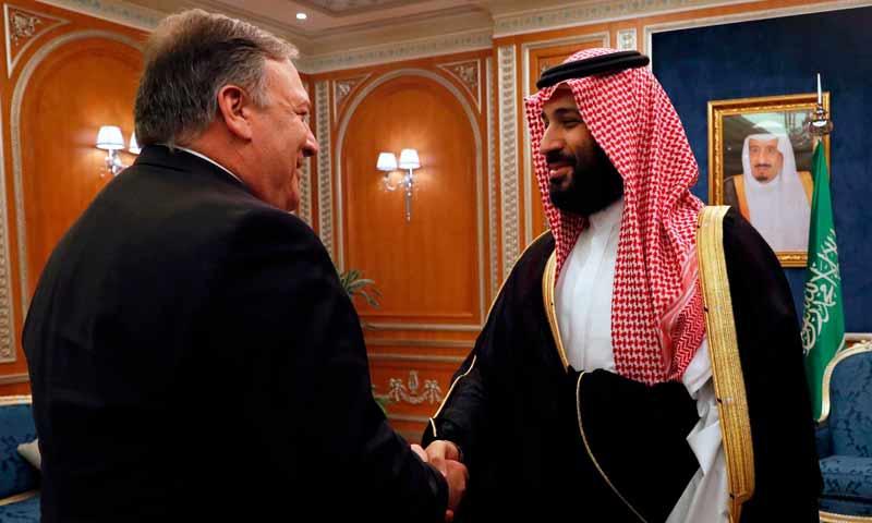 لقاء وزير الخارجية الأمريكي بومبيو بولي العهد السعودي محمد بن سلمان في الرياص 16 تشرين أول 2018 (نيورك تايمز)