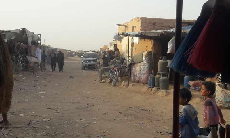 مخيم الركبان الحدودي مع الأردن وسط الحصار الخانق والعواصف الرملية 17 تشرين أول 2018 (الادراة المدنية للمخيم)
