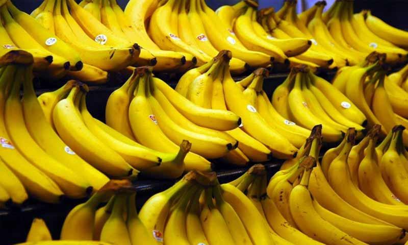 كميات من الموز في متجر للفواكه (جريدة النهار)