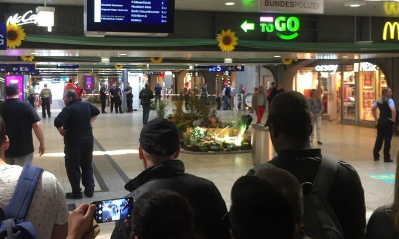عملية أمنية للشرطة الألمانية في محطة قطارات كولونيا- 15 تشرين الأول 2018 (WDR)