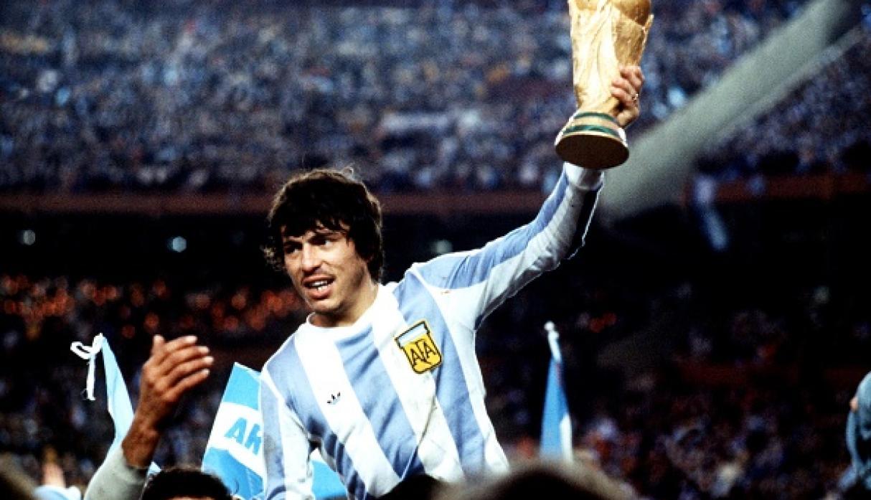 قائد المنتخب الأرجنتيني دانيل بارسيلا