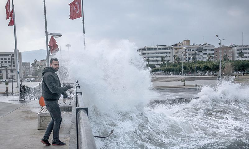 عاصفة في اسكندرون (عاصفة في ولاية اسكندرون Antakya Gazetesi)