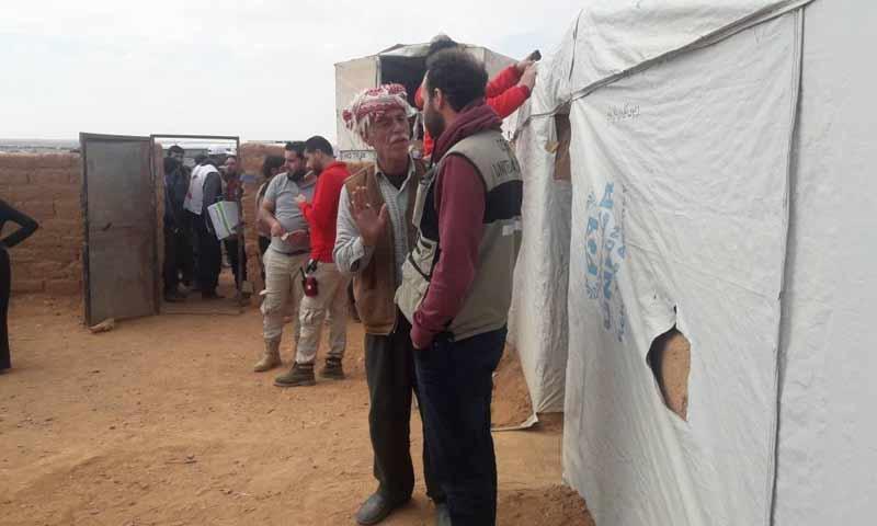 مخيم الركبان الحدودي أثناء دخول القافلة الأممية تشرين الثاني 2018 (صفحة حمزة بطلنا)