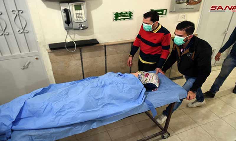 """أحد المصابين بـ""""الغازات السامة"""" في مدينة حلب- 25 تشرين الثاني (سانا)"""