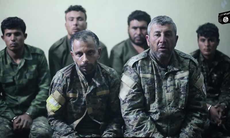 أسرى من قسد لدى تنظيم الدولة في منطقة هجين تشرين الثاني 2018 (وكالة أعماق)