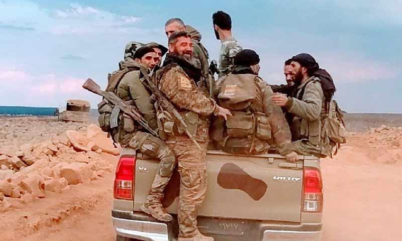 مجموعات عسكرية من بلدة حضر تصل إلى بادية السويداء الشرقية تلول الصفا 8 تشرين الثاني 2018 (دمشق الآن) مجموعات عسكرية من بلدة حضر تصل إلى بادية السويداء الشرقية تلول الصفا 8 تشرين الثاني 2018 (دمشق الآن)