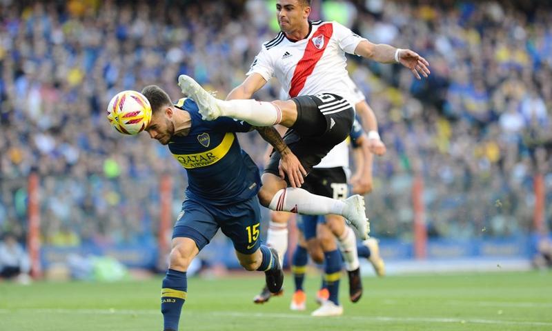 مواجهة ناديا بوكا جونيورز وريفر بليت في الدوري الأرجنتيني (كلارين)