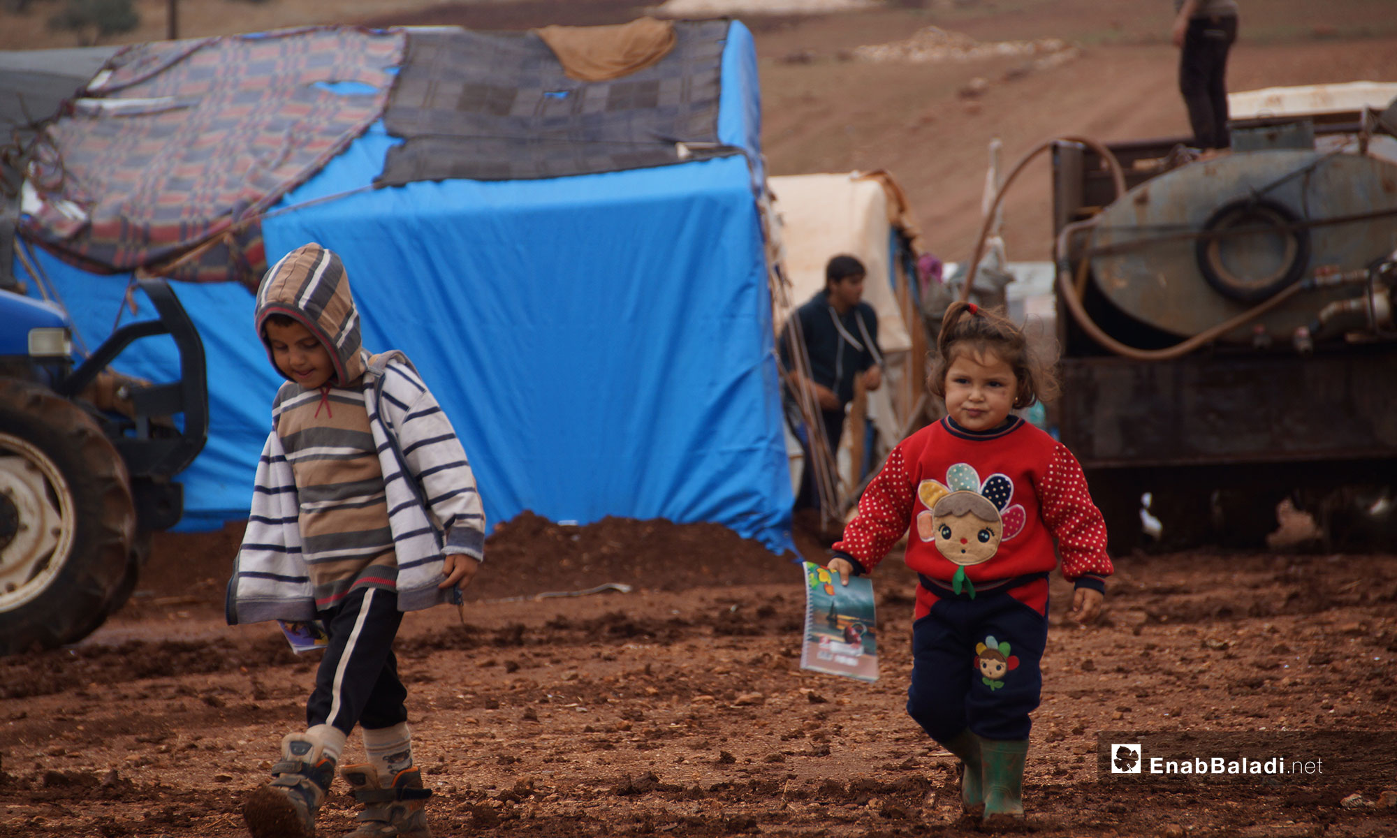 أطفال نازحون من ريف حماة في مخيم أبو الوليد بريف إدلب الجنوبي - 5 من تشرين الثاني 2018 (عنب بلدي)