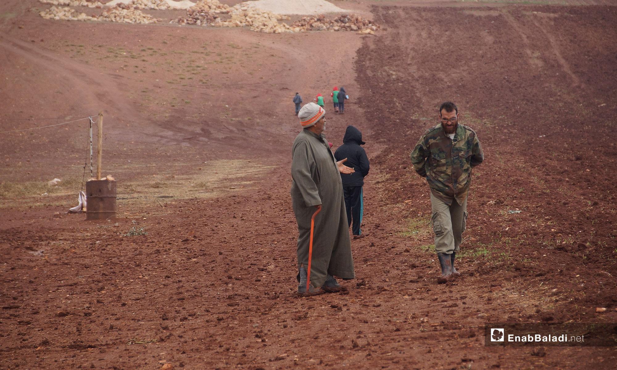 معاناة أهالي ريف حماة في مخيم أبو الوليد بريف إدلب الجنوبي - 5 من تشرين الثاني 2018 (عنب بلدي)