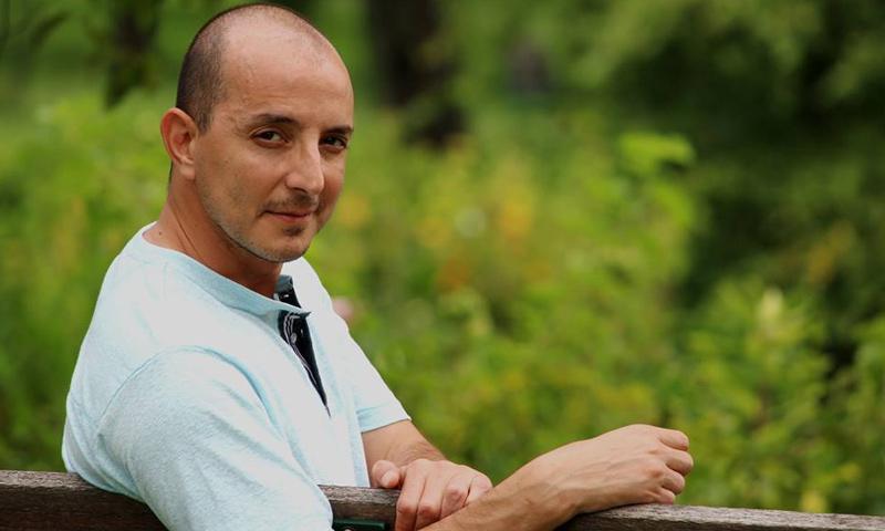 الممثل السوري محمد أوسو (صفحته في فيس بوك)