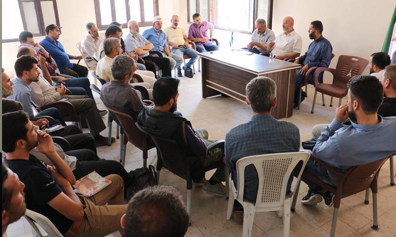 """اجتماع مجلس """"محافظة ريف دمشق"""" مع لجان مهجري الغوطة الشرقية (مجلس المحافظة فيس بوك)"""