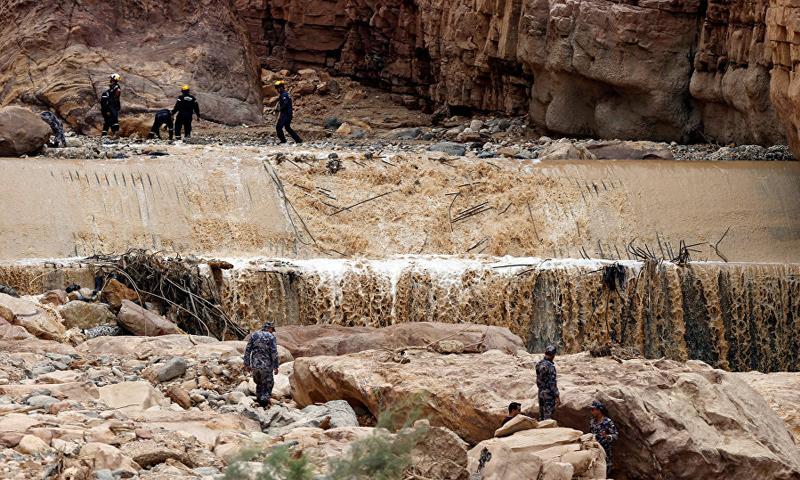 السيول في منطقة البتراء في الأردن- 9 تشرين الثاني 2018 (رويترز)
