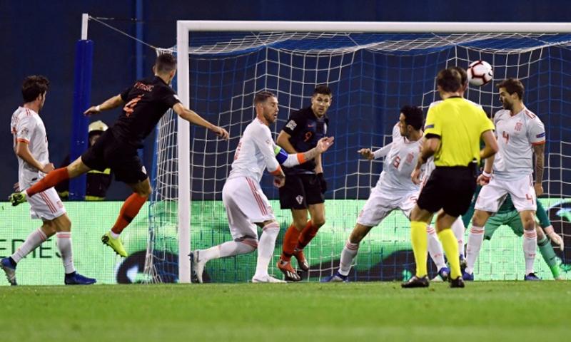 منتخب كرواتيا يحقق الفوز على إسبانيا وينعش أماله في بلوغ المربع الذهبي في الدوري الأوروبي (AFP)