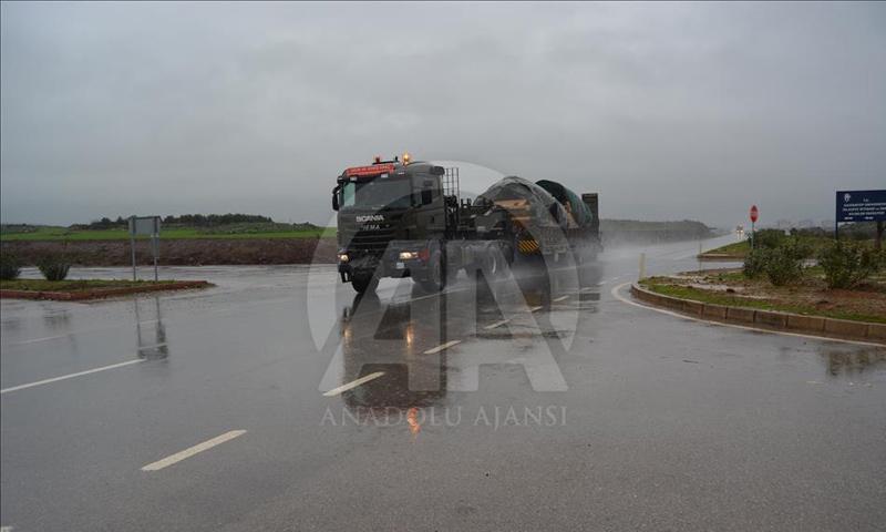 تعزيزات عسكرية للجيش التركي في طريقها إلى الحدود مع سوريا - كانون الأول 2018 (الأناضول)