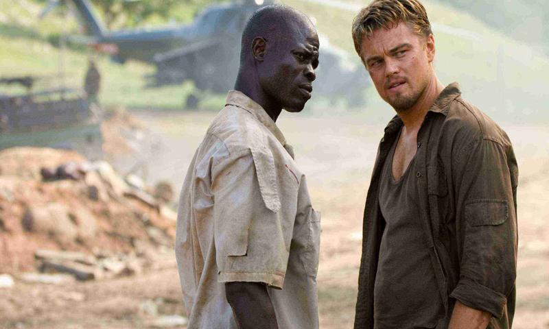 فيلم (Crash) الذي تناول فكرة التميز العنصري أيلول 2004 (IMDB)