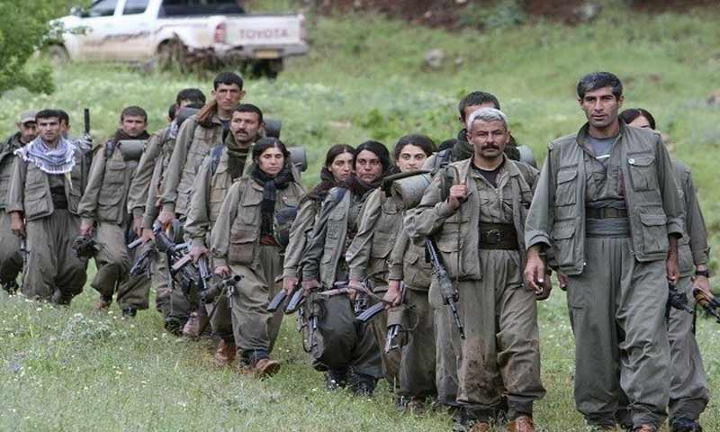 مقاتلين من حزب العمال الكردستاني في شمال العراق (إذاعة لنا)