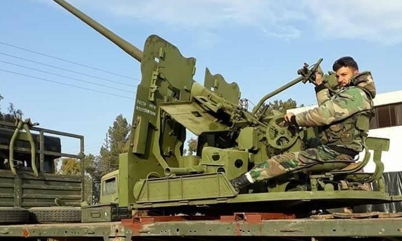 عنصر من قوات النمر في محيط إدلب - (فيس بوك)