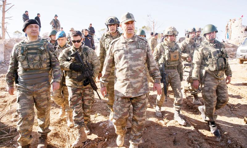 قائد الجيش التركي الثاني الجنرال إسماعيل متين تمل - (يني شفق)