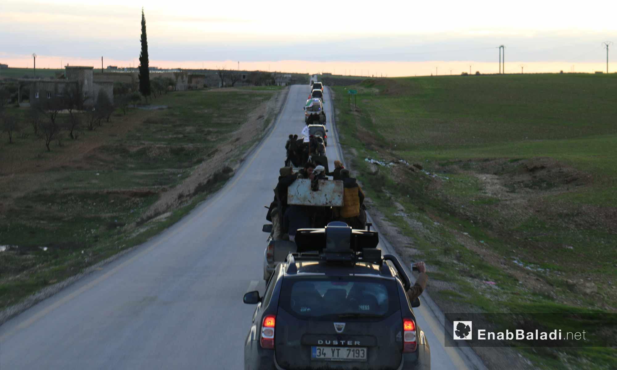عناصر من الجيش الوطني المدعوم من تركيا على خطوط تماس مدينة منبج - 28 من كانون الأول 2018 (عنب بلدي)