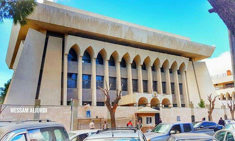 رصد أعمال ترميم في مبنى السفارة الإماراتية في دمشق- 24 كانون الأول 2018 (تصوير: وسام الجردي)