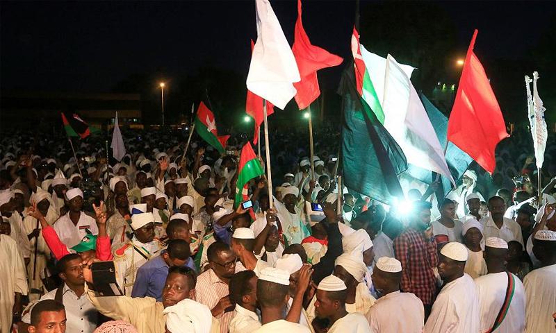 الاحتجاجات الشعبية في العاصمة السودانية- 19 كانون الأول 2018 (رويترز)