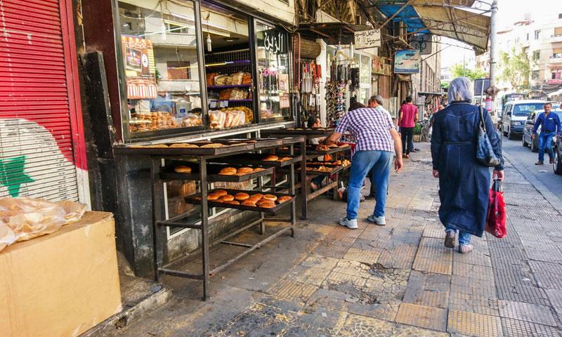 مخبز للكعك في دمشق (فيس بوك عدسة شاب دمشقي)