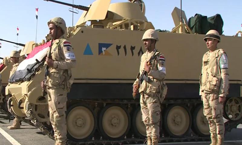 جنود في القوات المسلحة المصرية -كانون الأول ( محمد جمال)