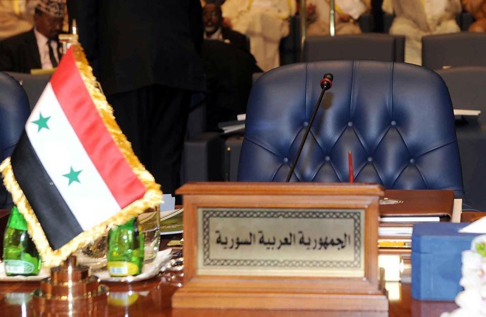 مقعد سوريا في جامعة الدول العربية خلال قمة الكويت- 25 آذار 2014 (تويتر)