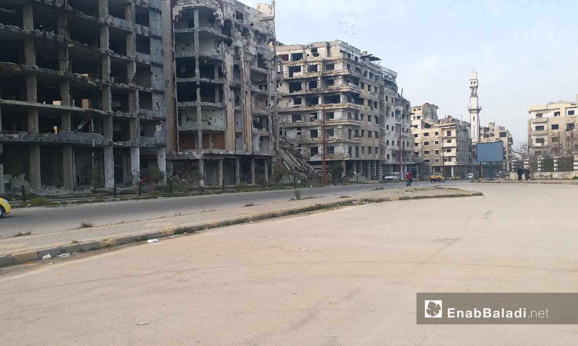 طريق حماة ومحيط جامع خالد بن الوليد في مدينة حمص - 24 من كانون الثاني 2019 (عنب بلدي)