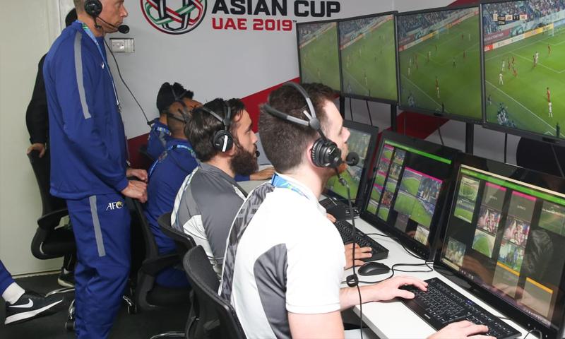 تقنية الفيديو المساعد تستخدم للمرة الأولى في كأس أمم آسيا 2019 (AFC)