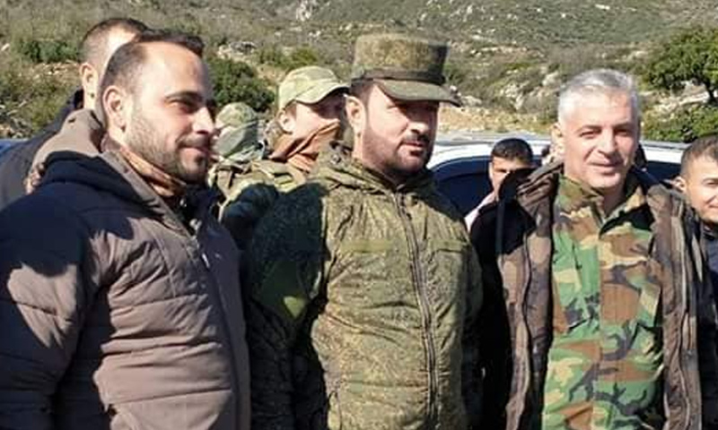 العميد في قوات الأسد سهيل الحسن في أثناء زيارة لجبهات ريف حماة الشمالي - 17 من كانون الثاني 2019 (قوات النمر)