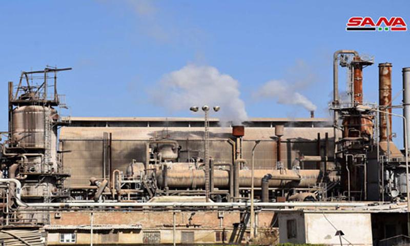 معمل السماد الآوتي في الشركة العامة للأسمدة بحمص - (سانا)