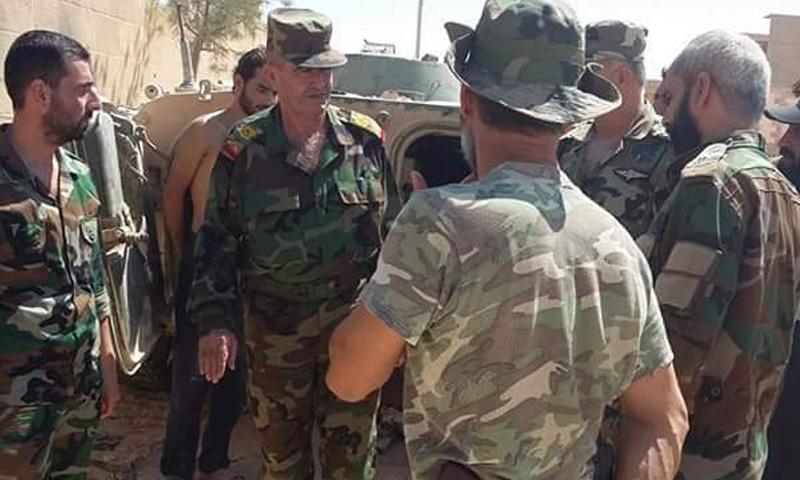 اللواء حسن محمد محمد في أثناء المعارك في دير الزور - 2017 - (شبكات موالية)