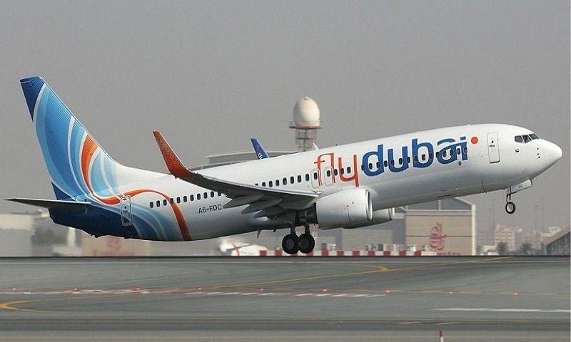 طائرة ركاب تتبع لشركة فلاي دبي - (فلاي دبي)