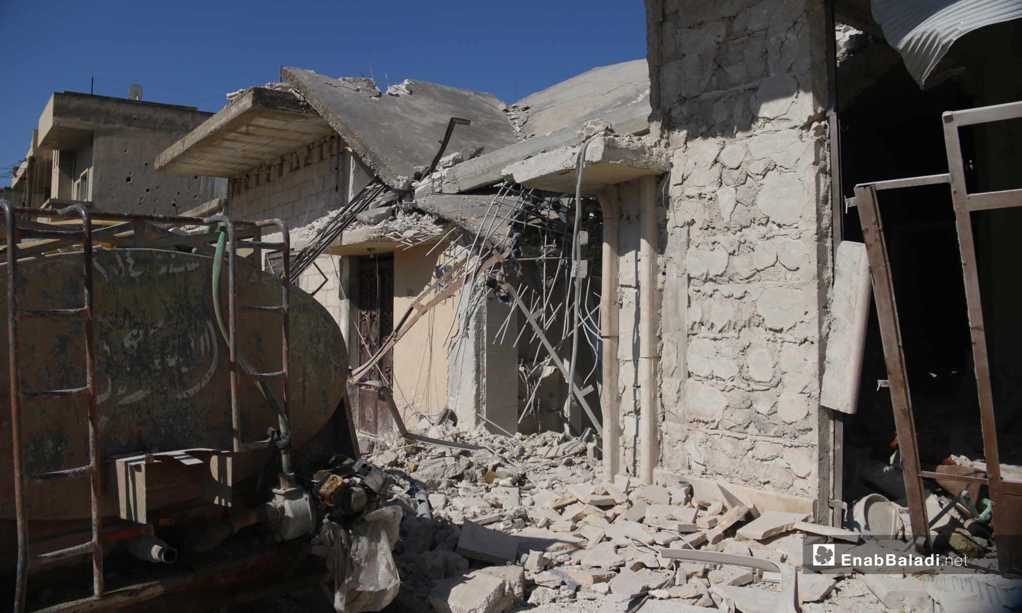 آثار القصف على مدينة خان شيخون في إدلب - 18 من شباط 2019 (عنب بلدي)