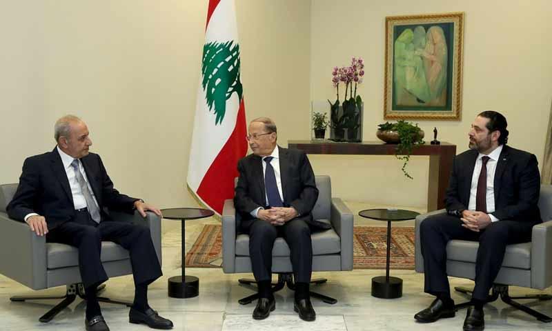 الرؤساء سعد الحريري وميشيل عون ونبيه بري في القصر الرئاسي في بيروت 31 كانون الثاني 2019 (الوكالة الوطنية اللبنانية)