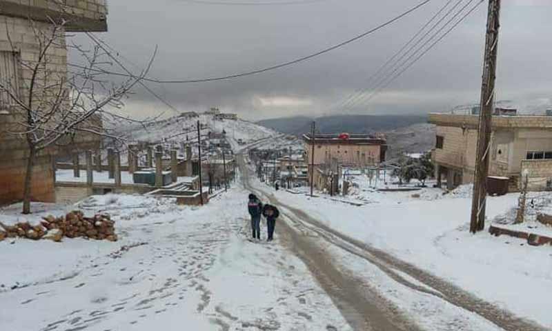 الثلوج في قرية هريرة بمنطقة وادي بردى بريف دمشق 14 شباط 2019 (دمشق الآن)