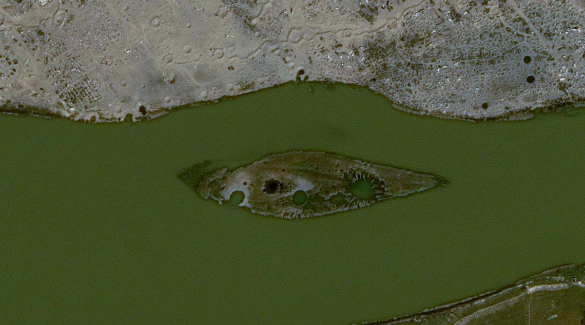 صور أقمار اصطناعية تظهر حجم الدمار في الباغوز شرق الفرات - 30 من آذار 2019 (Airbus Intelligence )