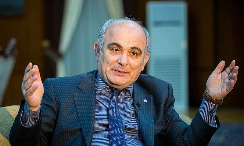 السفير الروسي في إيران، لفان جاغاريان (وكالة تسنيم)