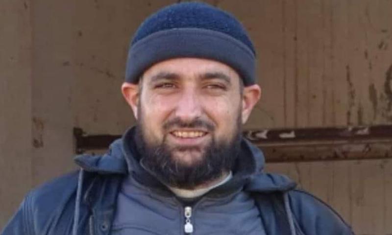 """منهل الصلوح قائد """"جيش التوحيد"""" السابق في ريف حمص الشمالي (صفحة منهل الصلوح الشخصية)"""