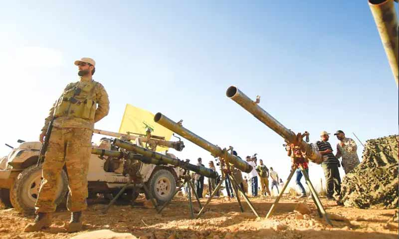 قوى عسكرية من حزب الله اللبناني (رويترز)